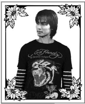 モノクロ 稲葉のコピー.jpg